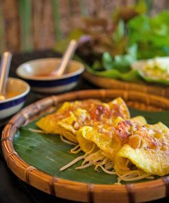 Banh-Xeo Vietnamese-crepe-best-food-in-Tuy-Hoa-Phu-Yen-foodie-tours-in-Tuy-Hoa-Phu-Yen-Intro-Tours-&-Local-Day-Trips-in-Tuy-Hoa-Phu-Yen-Intro-Food-Tours-IntroTrip-Travel-Guide